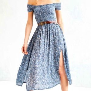 UO Kimchi Blue Picnic Dress in Floral blue